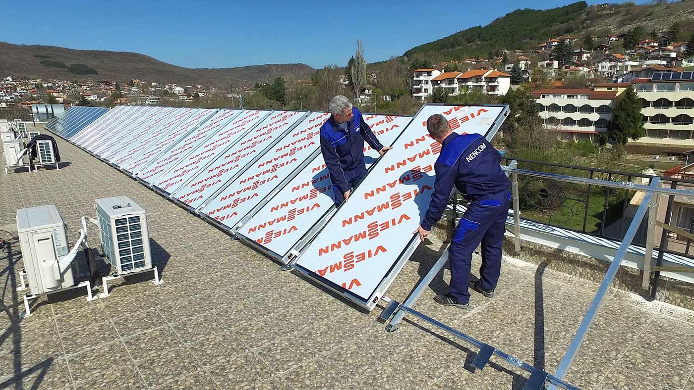Инсталираме слънчеви колектори Viessmann