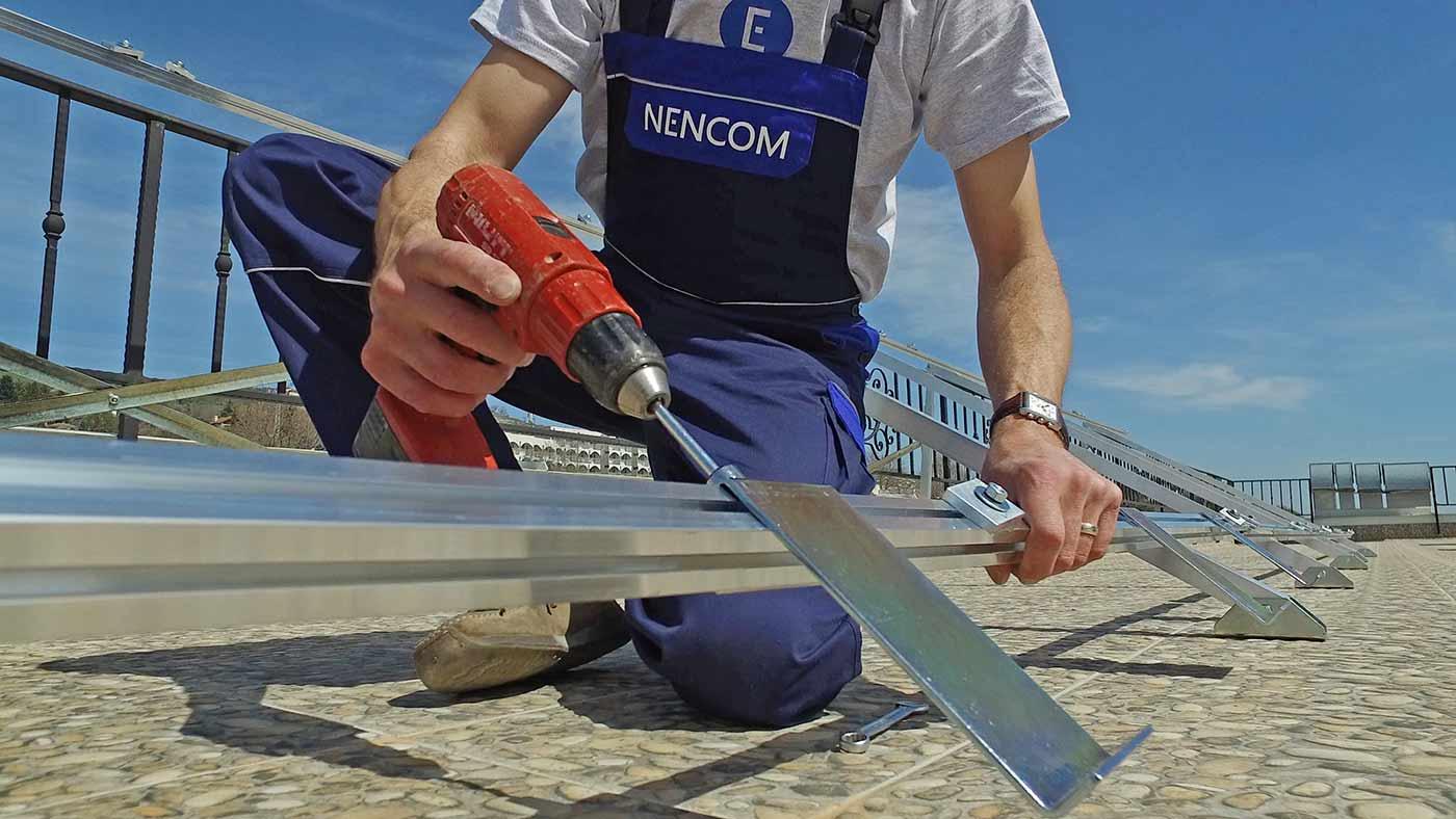 Сглобяване на закрепването за слънчеви колектори