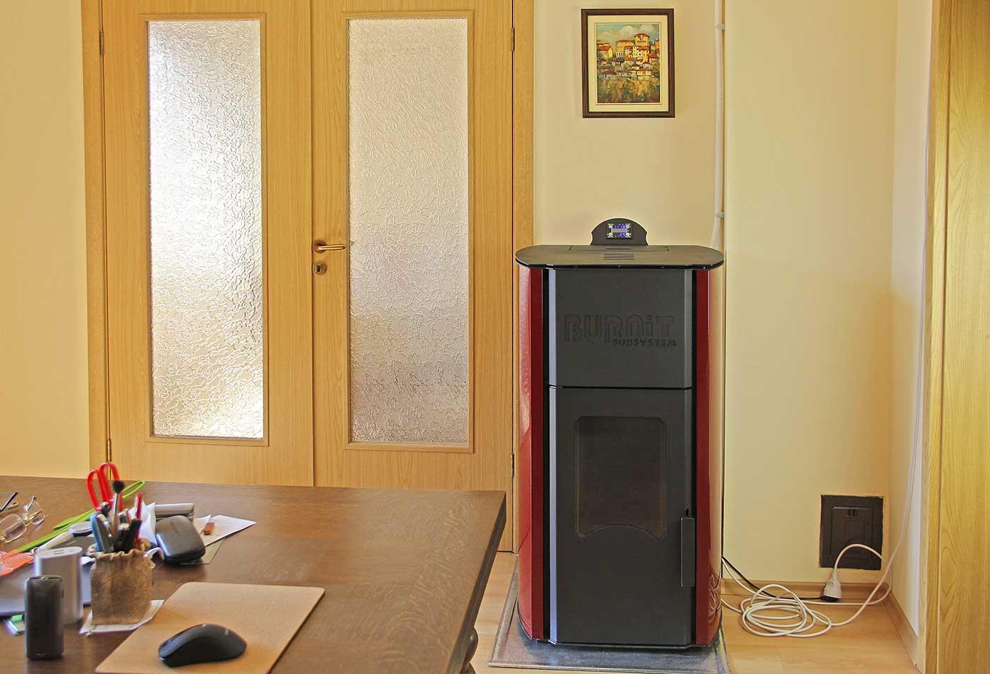 Инсталиране на пелетна камина BURNiT Comfort PM Plus