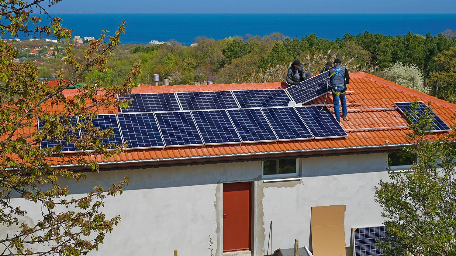Installation of Trina Solar modules in Varna