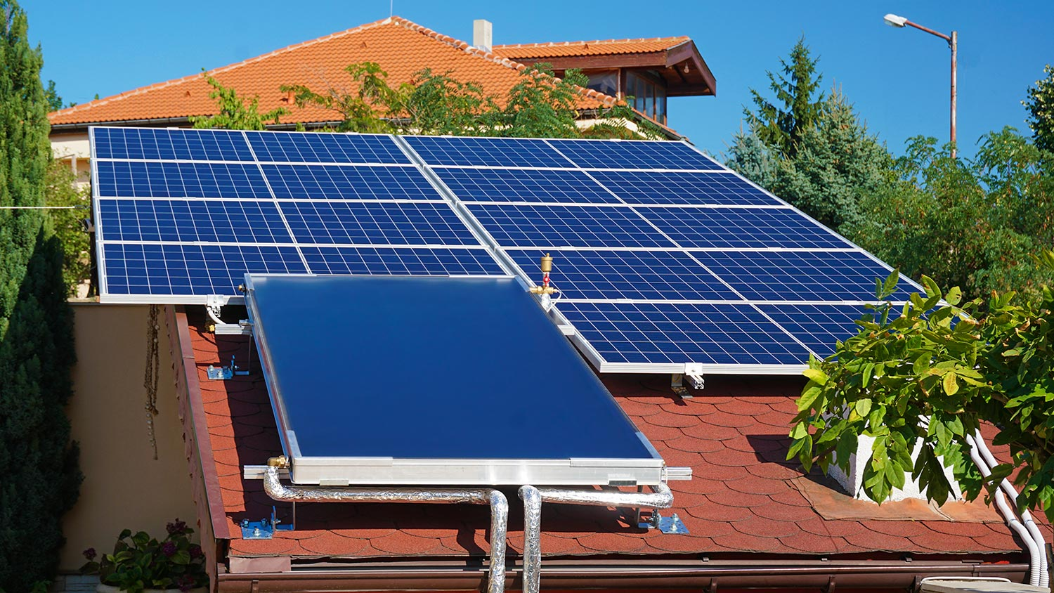 Installation of photovoltaic modules in Varna
