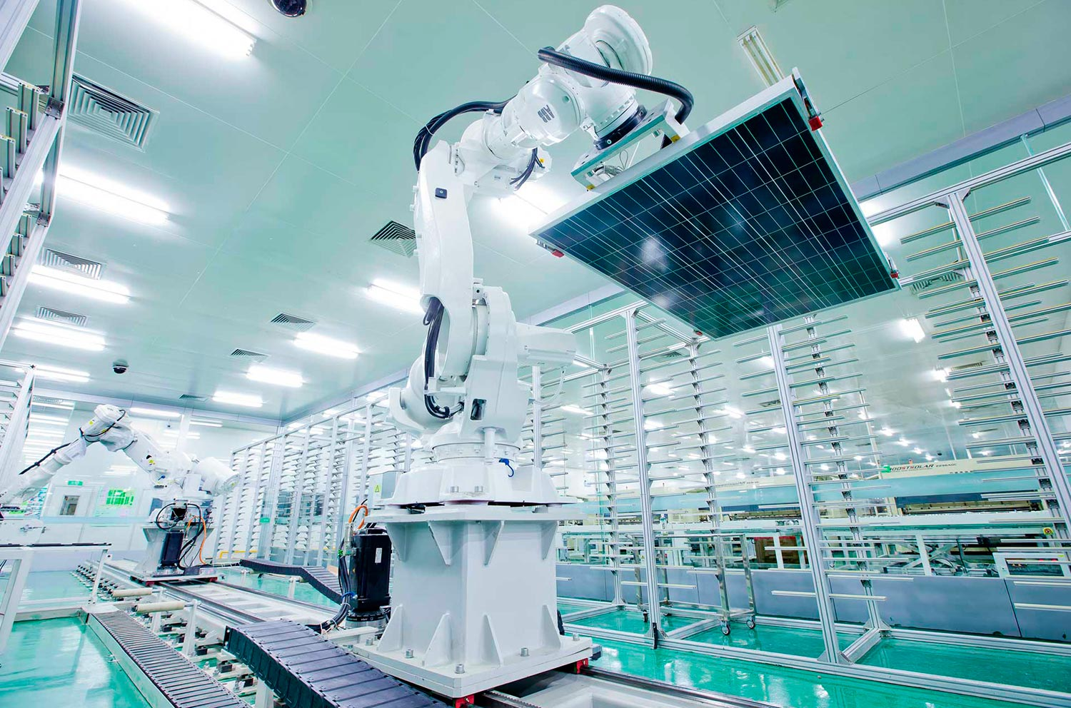 Production of photovoltaic modules Jinko Solar